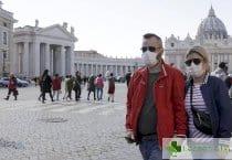 COVID-19 застига най-често богатите, които пътуват много