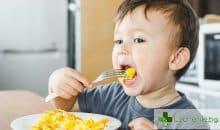 Обявиха кои са храните, които може да са опасни за малки деца