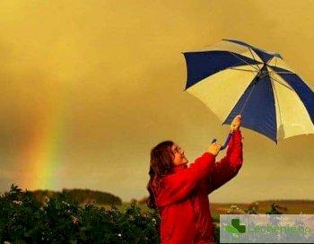 Под купола - какъв чадър ще ви предпази от силното лятно слънце и дъжд