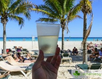 Колко вода трябва да пием през лятото