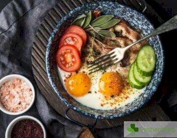 Омлет срещу каша - какво е по-добре да ядем за закуска