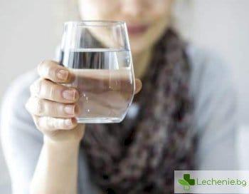 Как пиенето на вода пази от инфекции на пикочния мехур
