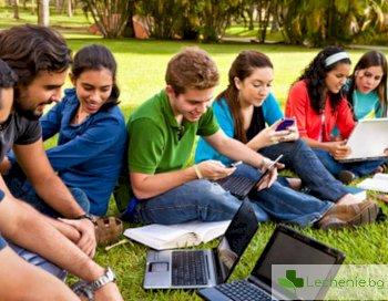 Пресметнаха от колко часа смартфон пълнеят студентите, а и не само