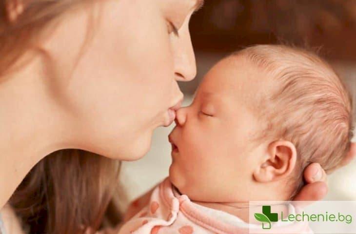 Защо е опасно да се целуват децата по устните и родителите да със здрави зъби