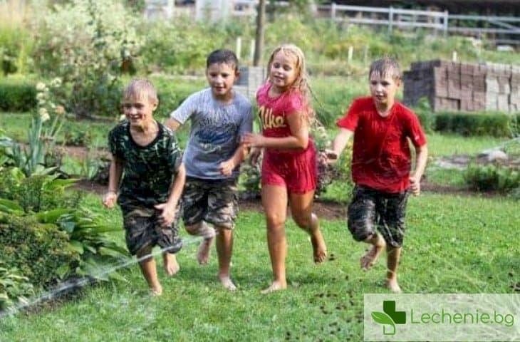 Как да помогнете на детето си да се впише в детски колектив