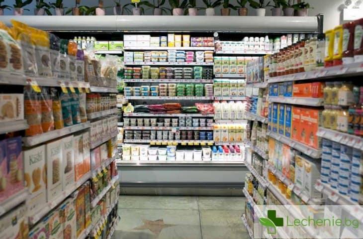 Със заповед на здравния министър затварят всичко без аптеки и хранителни магазини