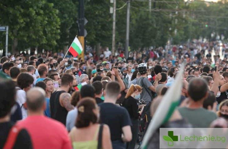 Борисов иска глоби за протестиращи, иначе пуска дискотеките и нощните барове
