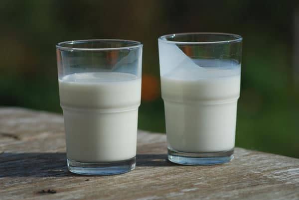 Мляко